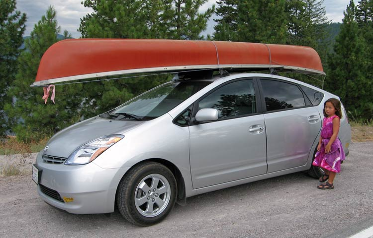 Carrying Canoe To Lake Siskiyou Near Mt Shasta Ca. Prius Permanent Rack ...